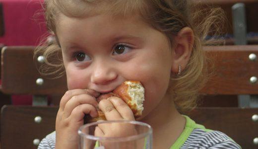 真の飢えと嘘の空腹を見分ける方法